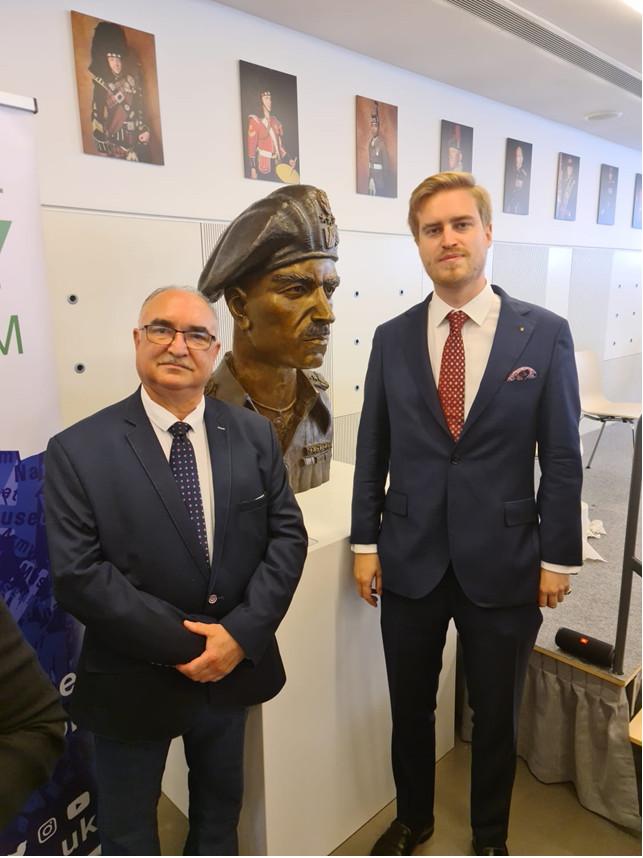 Krzysztof Walendziewski, Wiceprezes Europejskiego Klubu Biznesu Polska i George Byczynski Chief Adviser, All-Party Parliamentary Group on Poland